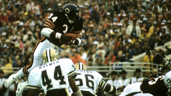 Walter Payton against the New Orleans Saints in 1984