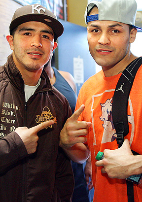Brandon Rios, Mike Alvarado