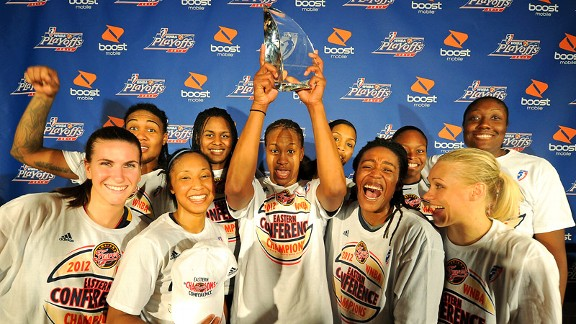 Tamika Catchings and the Indiana Fever advanced to the Finals on Thursday.