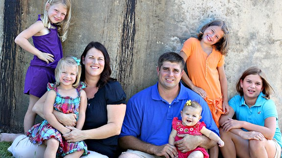 Brad Meester and his wife, Jamie, are raising five daughters (from left): Chloe, 6; Sophia, 3; Aubree, 11 months; Emma, 7; and Lily, 10.