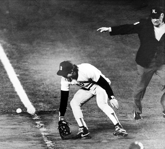 Bill Buckner making his error against the New York Mets in the 1986 World Series
