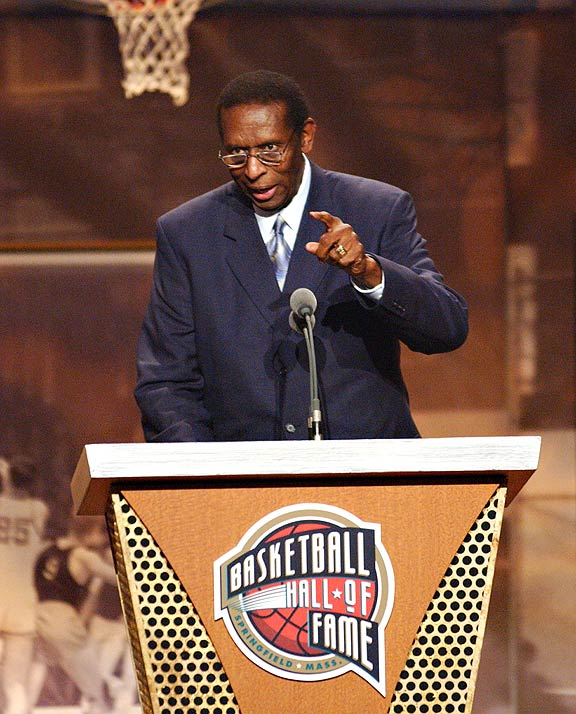 Earl Lloyd being inducted into the basketball Hall of Fame
