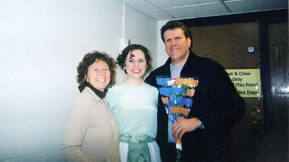 Charlop-Powers, here with her parents before her mother's death, also writes screenplays.