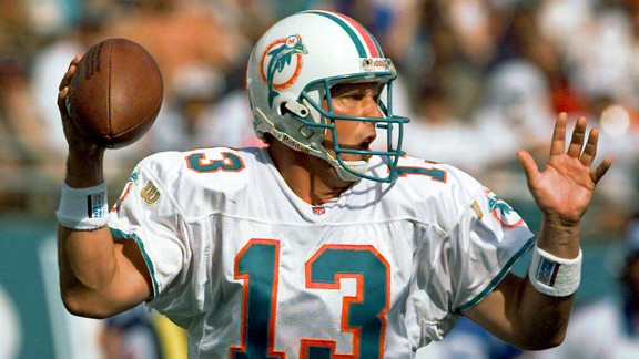 Dan Marino in 1996 against the Indianapolis Colts with the Miami Dolphins