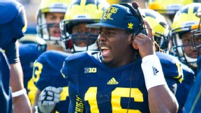 Denard Robinson of the Michigan Wolverines