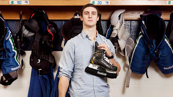 Chris Kreider clothing style on ESPN