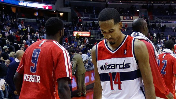Shaun Livingston and the Washington Wizards after a loss to the Indiana Pacers