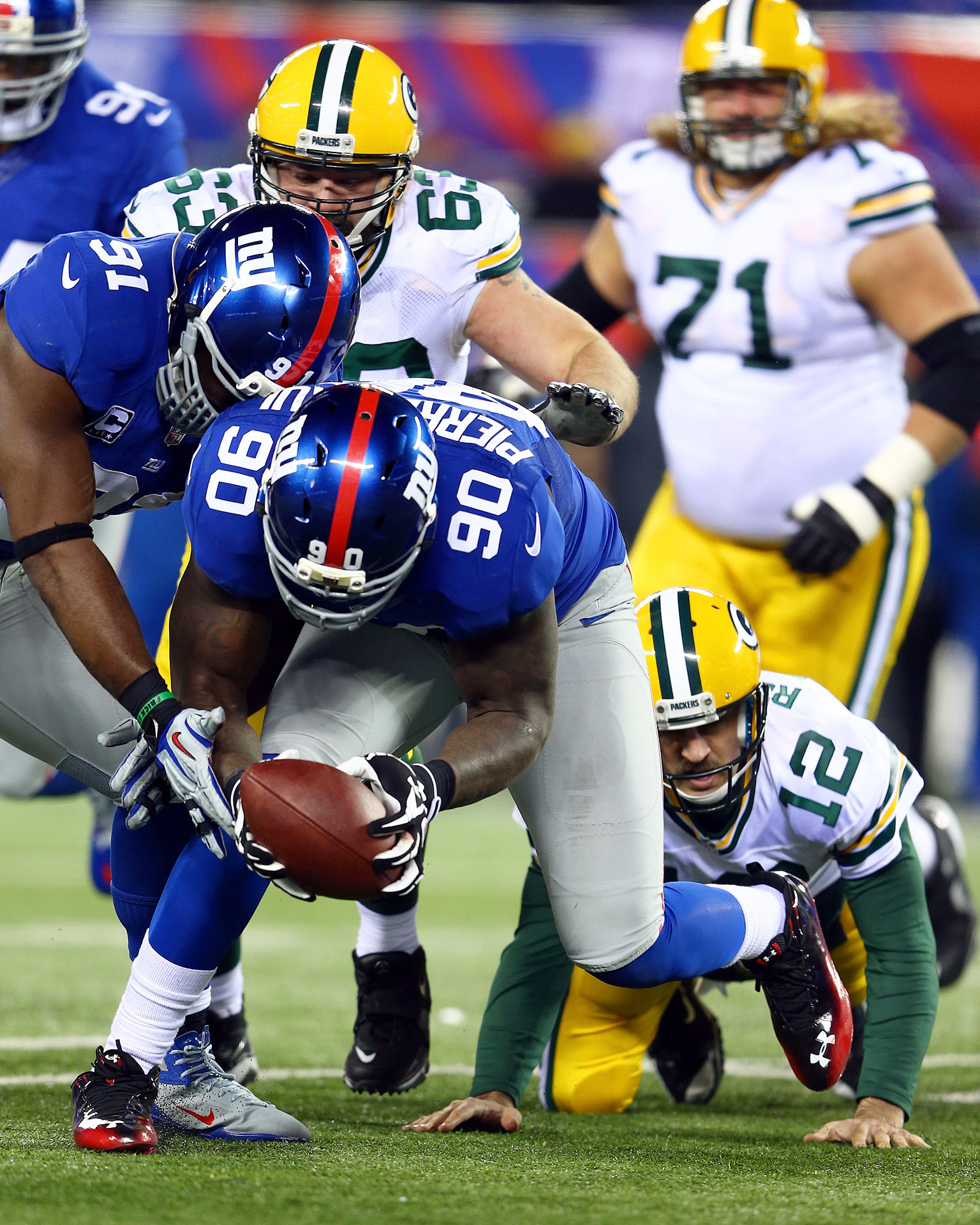Jason Pierre-Paul, Aaron Rodgers