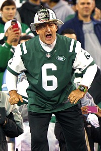Jets superfan Fireman Ed hangs up his helmet