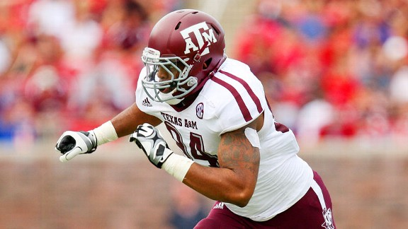 The Giants took a chance on Texas A&M defensive end Damontre Moore.