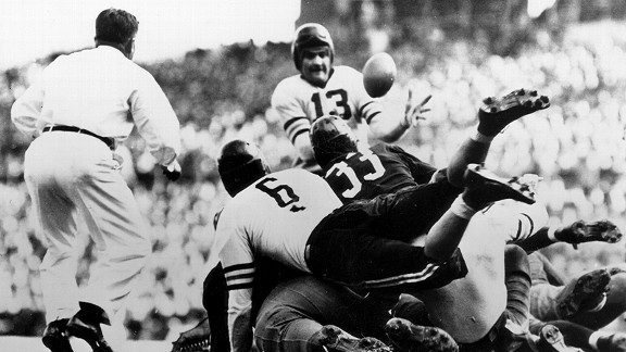 Joe Stydahar of the Chicago Bears in 1940