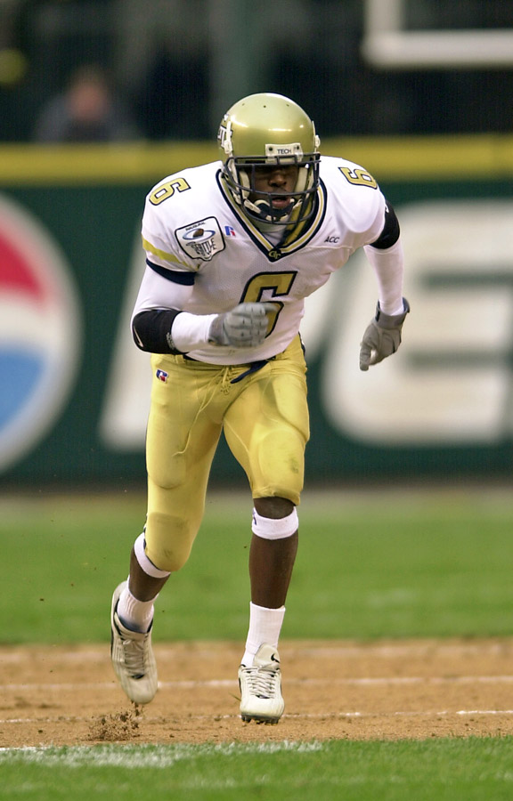 Kelly Campbell of the Georgia Tech Yellow Jackets at the Seattle Bowl in 2001