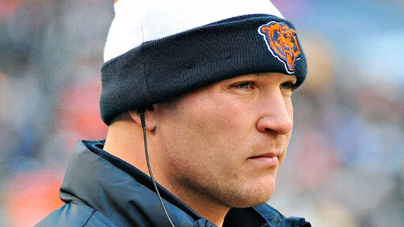 Brian Urlacher on offer: 'Obviously, I left it'
