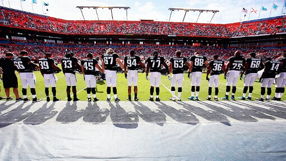 Jacksonville Jaguars against the Miami Dolphins, remembering the victims of the Newtown massacre
