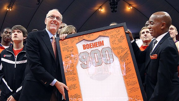 Jim Boeheim  with the Syracuse Orange after his 900th win