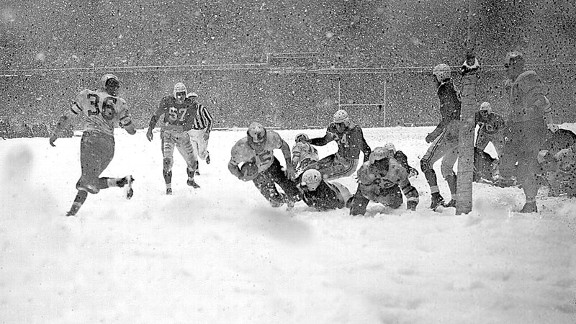 Blizzard Game between the Chicago Cardinals and Philadelphia Eagles