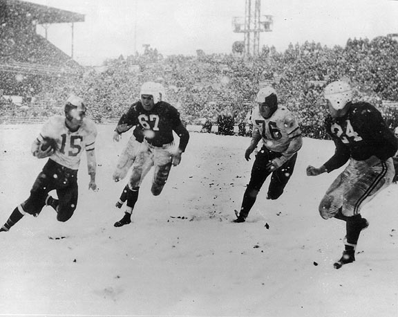 Blizzard game between the Philadelphia Eagles and Chicago Cardinals