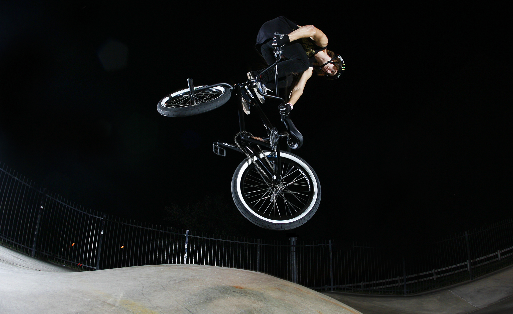 /photo/2012/1231/as_bmx_casey10_2048.jpg