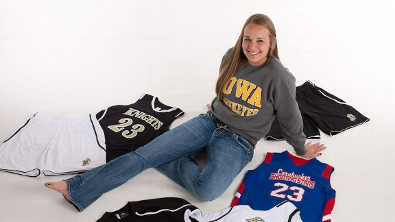 Four-star prospect Alexa Kastanek chose Iowa over Colorado, Nebraska and North Carolina State.