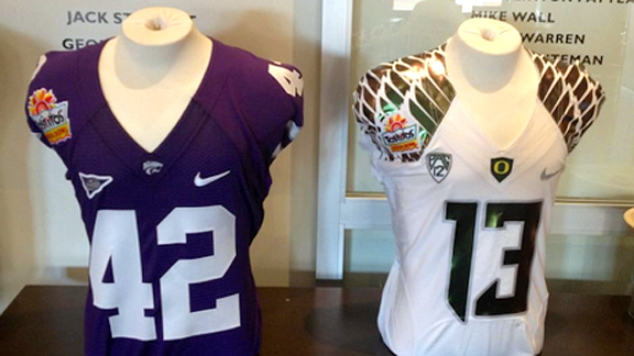 Kansas State-Oregon uniforms in Fiesta Bowl.