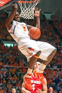 Illinois guard Brandon Paul