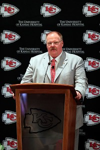 Reid introduced as Chiefs' new head coach