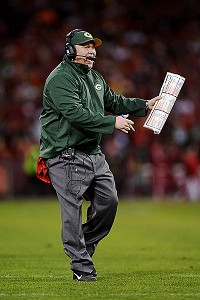 Feisty Mike McCarthy defends Dom Capers