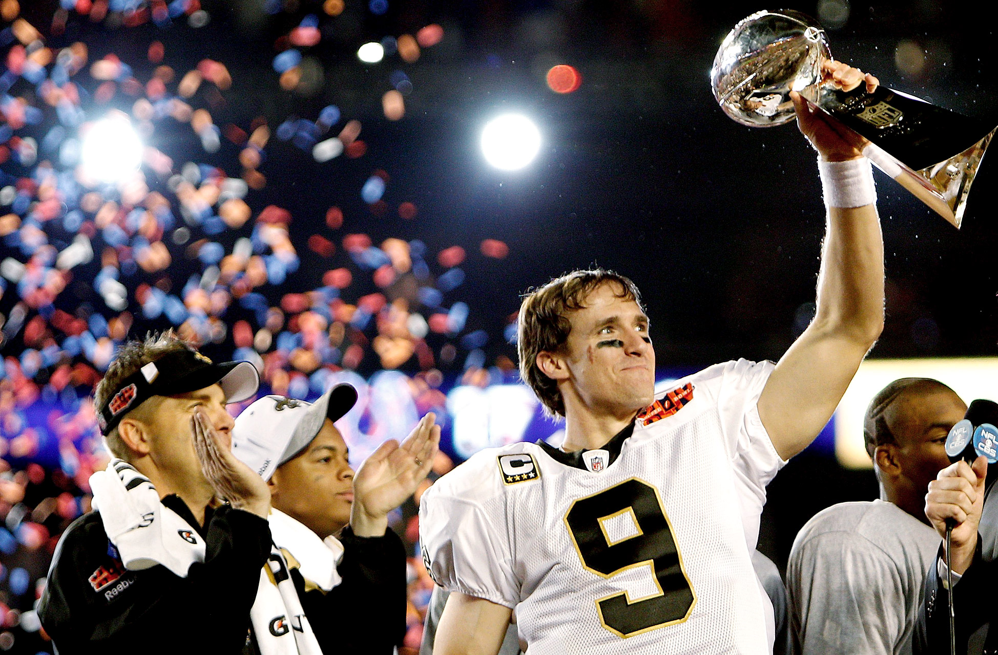 Drew Brees - Super Bowl XLIV (32/39, 288 yards, 2 TDs)