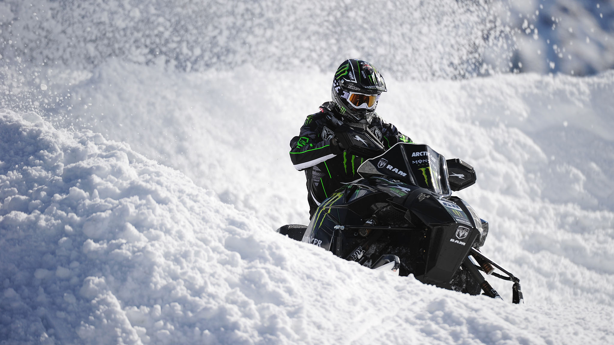 Tucker Hibbert continued his reign as the top SnoCross rider, winning his sixth straight gold Sunday afternoon.