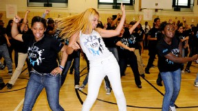 Beyonce got kids across the country moving with her Move Your Body flash dance.
