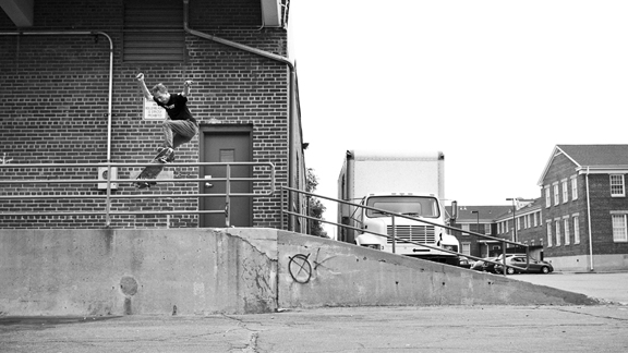 Josh Murphy goes up the loading dock ramp to Smith grind.