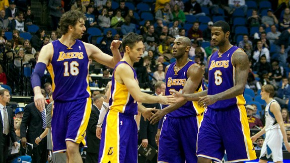 Pau Gasol, Steve Nash, Kobe Bryant, Earl Clark
