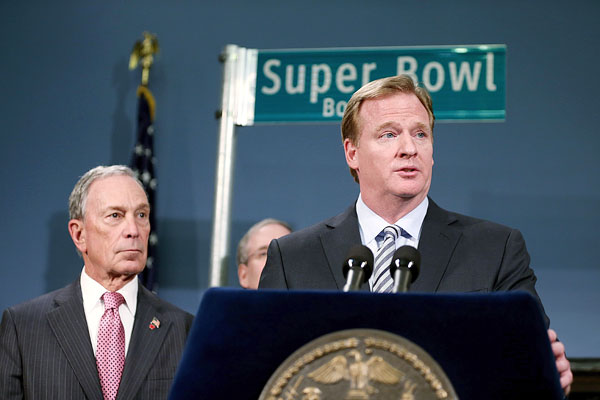 Michael Bloomberg and Roger Goodell