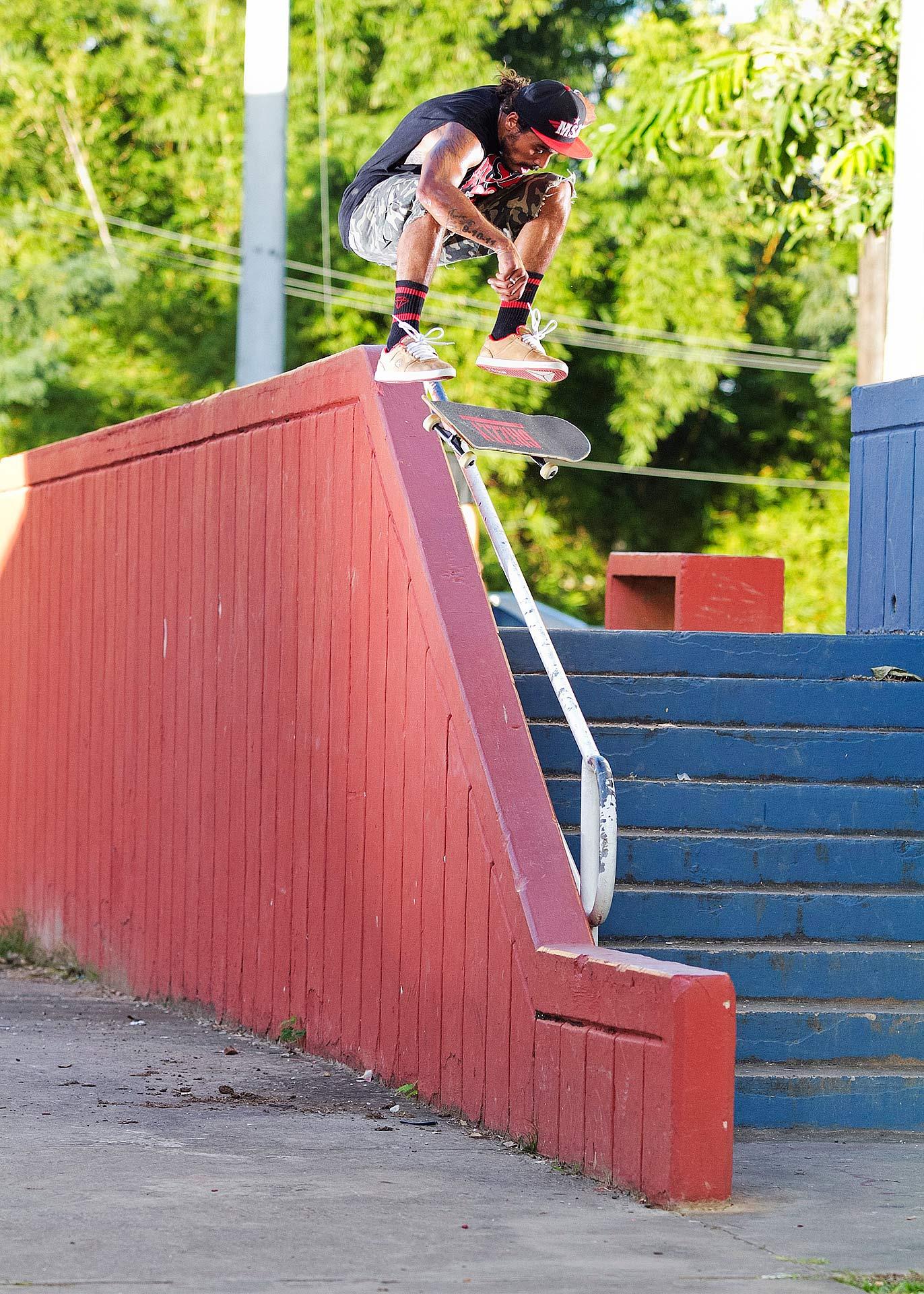 Manny Santiago, Kickflip