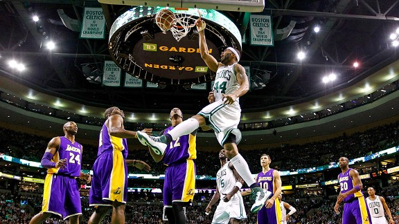 La_g_lakers-celtics3_mb_576