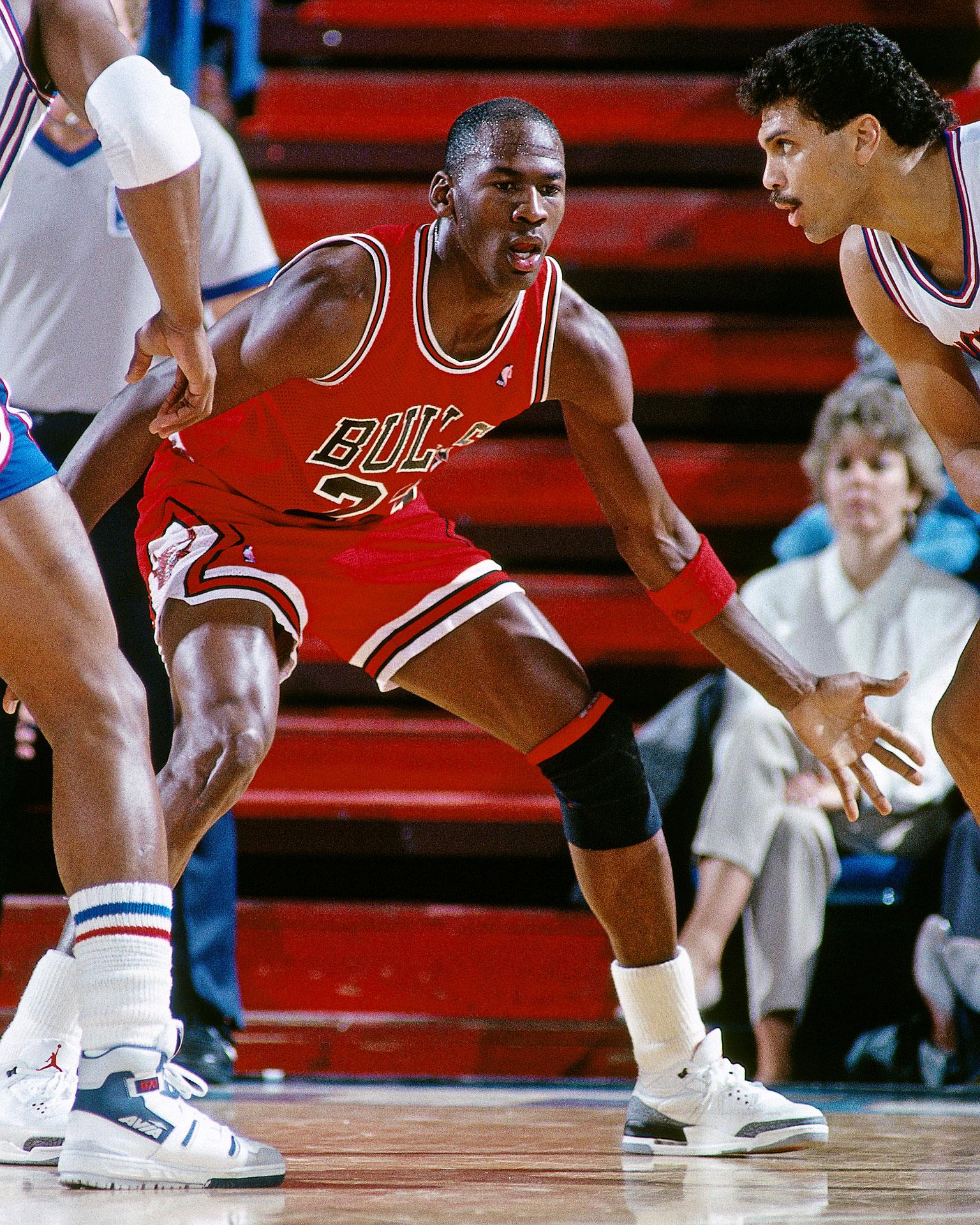 33. Defensive Player of the Year - Michael Jordan 50 ...