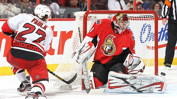 Craig Anderson #41 of the Ottawa Senators