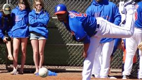 Santana's debut delayed; Mets claim he's OK