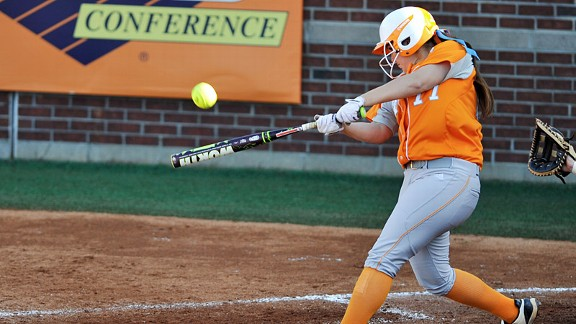 Cheyanne Tarango helped No. 4-ranked Tennessee to five victories in three days.