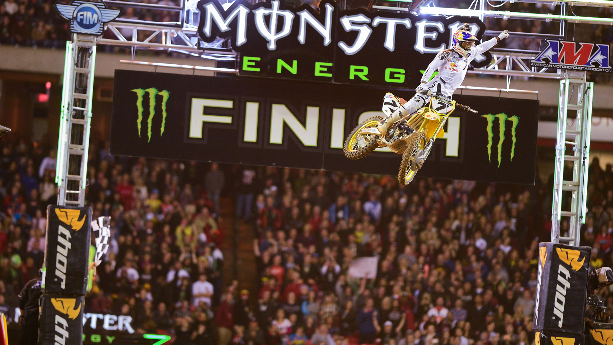 James Stewart raced to his first Supercross victory of the 2013 season in Atlanta.