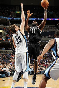 Reggie Evans and Marc Gasol