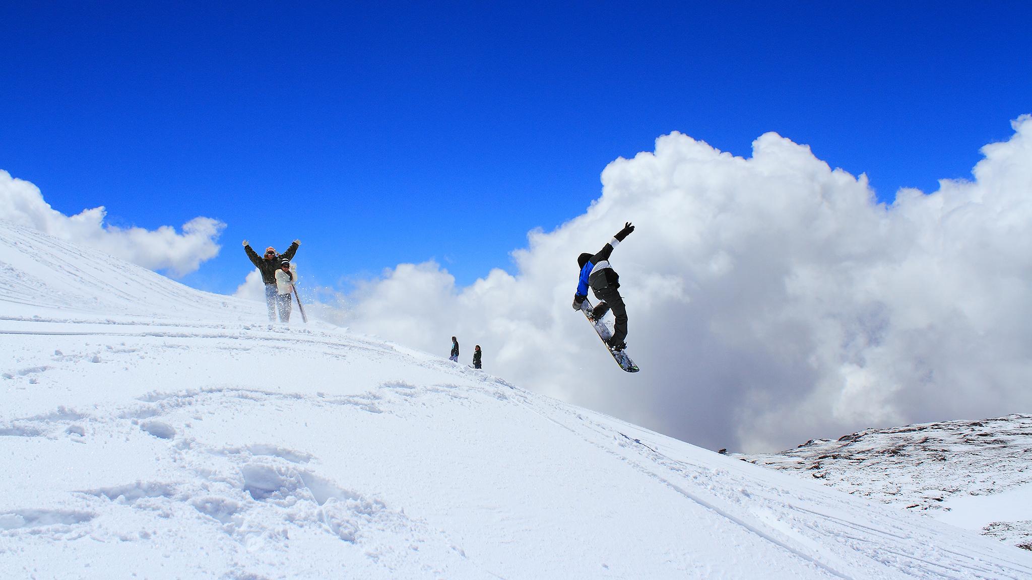 Charging Mount Mauna Kea