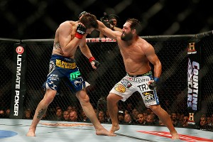 Carlos Condit and Johny Hendricks