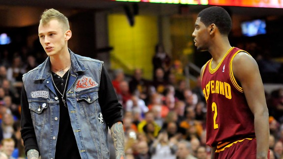 Kyrie Irving, Machine Gun Kelly