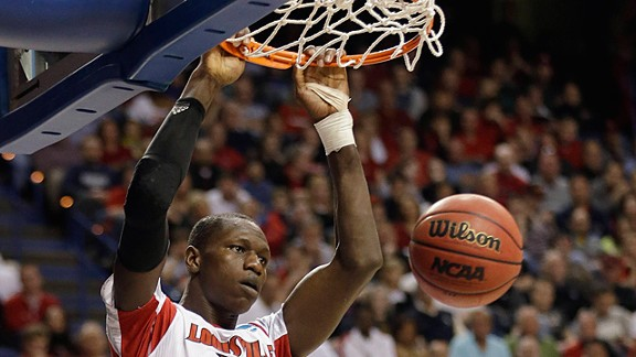Louisville center Gorgui Dieng