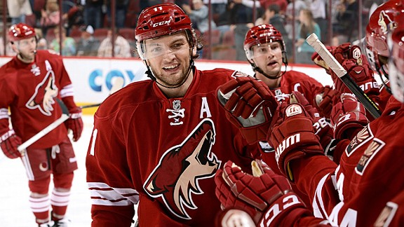 Martin Hanzal #11 of the Phoenix Coyotes