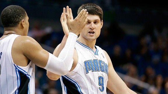 http://a.espncdn.com/photo/2013/0411/fan_a_vucevic_harris_d1_576.jpg