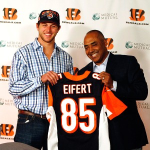 Tyler Eifert and Marvin Lewis