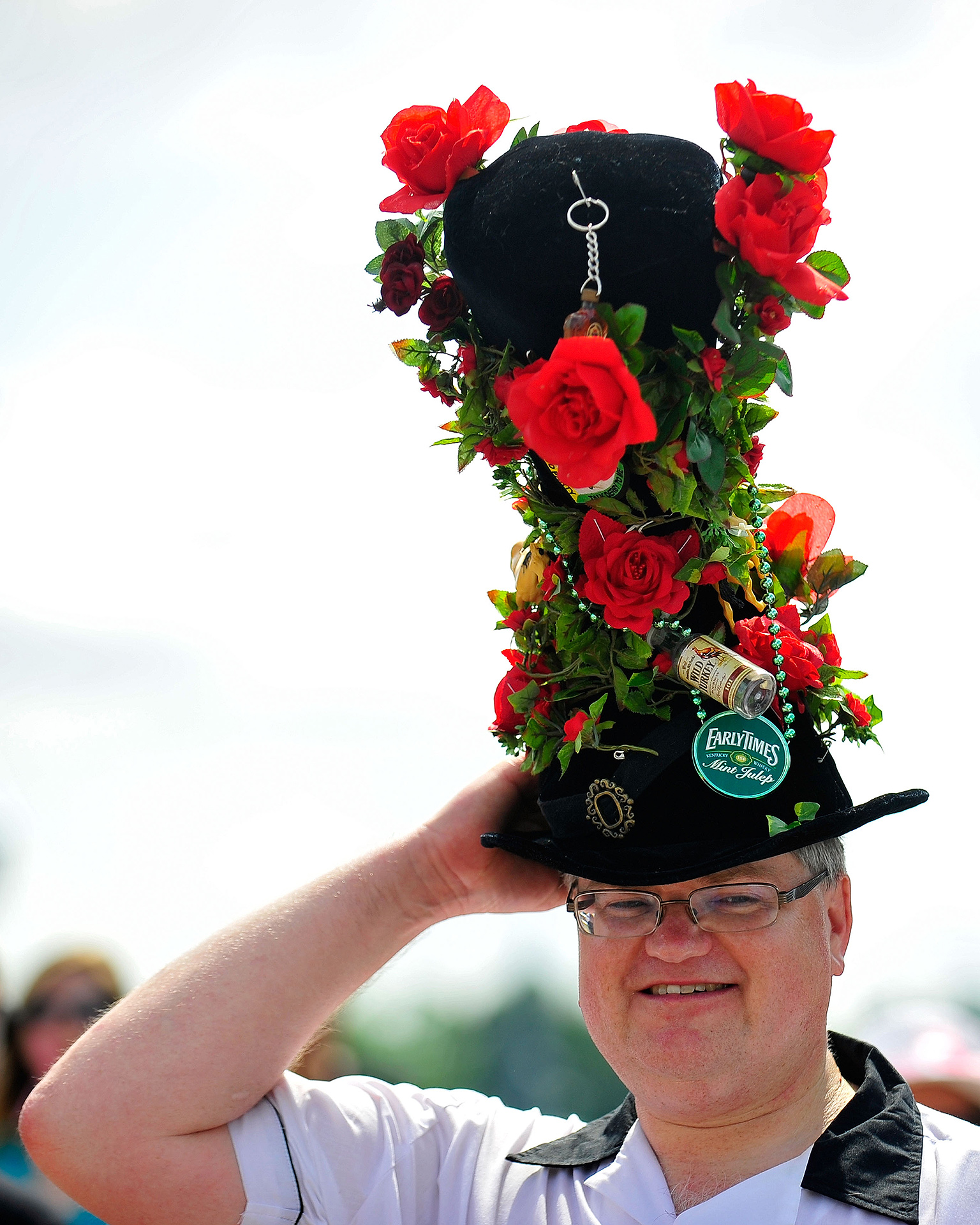 Crazy Derby Hats: Worst Kentucky Derby Fashion