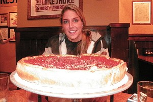 Elena Delle Donne has switched from cheesesteak to Giordanos pizza since moving to Chicago.